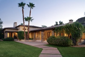 https://www.theholmgroupaz.com/scottsdale-custom-homes-2