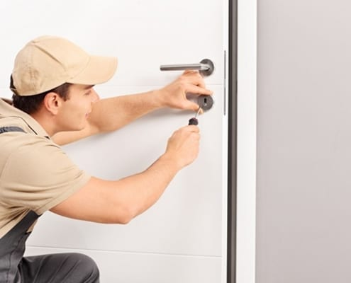 How to Hire Trustworthy After-Hours Locksmith Services